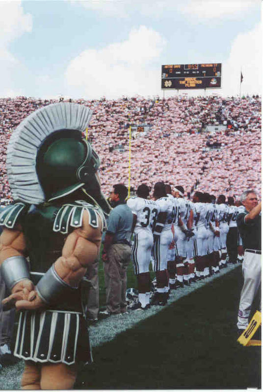 sparty-notredamesalute