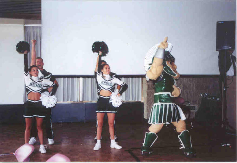 sparty-cheer tailgate